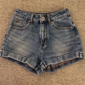 Bullhead || High Waist Denim Shorts
